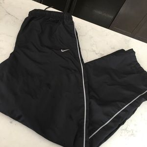 Nike xl meshed lined joggers